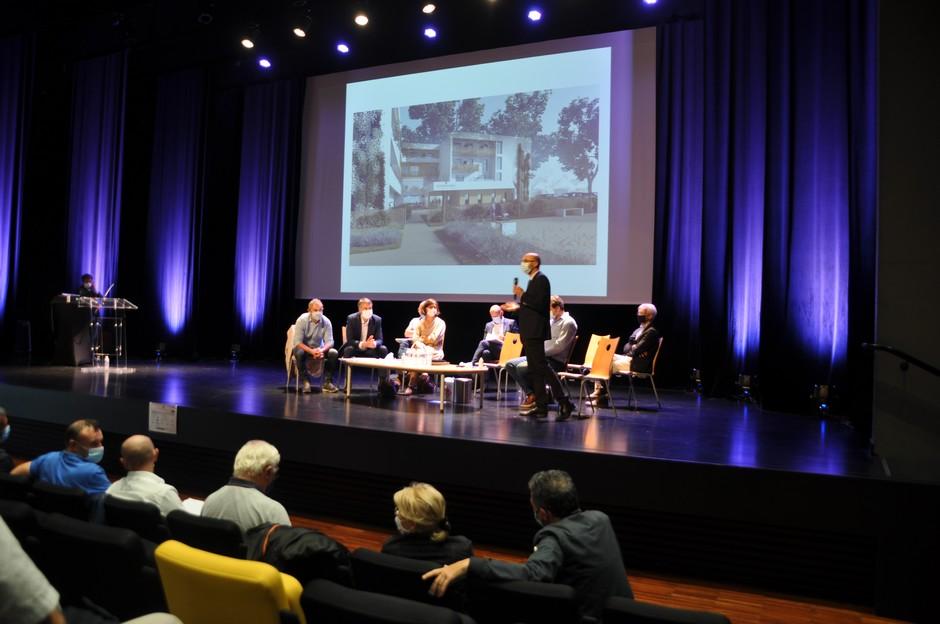 Image de la réunion de présentation